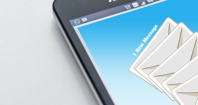 recommandé électronique message